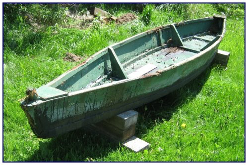 This boat belonged to Albert Jones (1911–2008) and was used for many years on the Missaguash Marsh (Dimensions: 12′9″ × 31 × 11 ½″). C. MacKinnon photo.