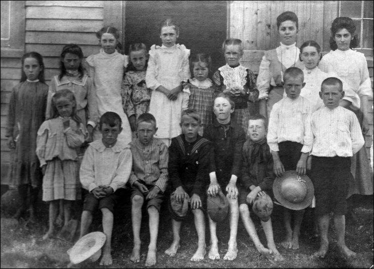 school children, Slack's Cove, Lower Rockport, NB, ca. 1905