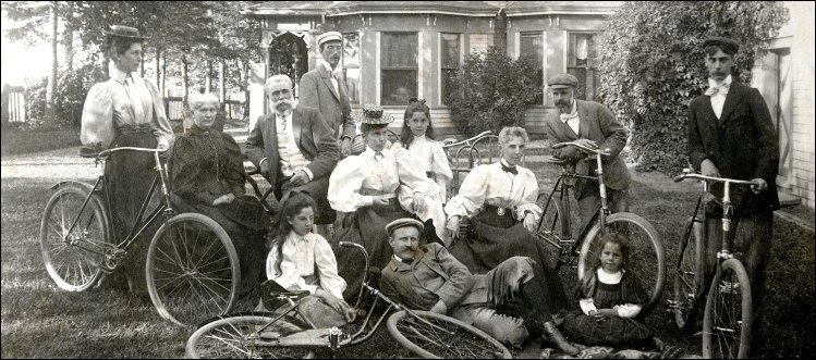group with bicycles