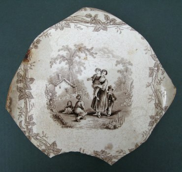 Transfer print container, probably a type of vegetable bowl