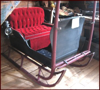 top-quality pungs, buggies, wagons and sleighs