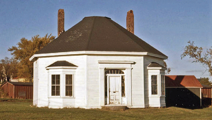 Photograph of Anderson Octagonal House, Sackville, NB